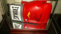 George Foreman signed & authenticated glove Toronto, M1L 2T3
