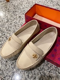 Tory Burch Loafers Flats US Size 9