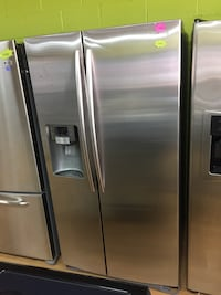 Samsung Stainless Steel Side By Side Refrigerator  Woodbridge, 22191