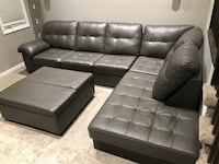 Leather 2pc sectional Kitchener, N2P 0B3
