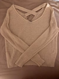 sweater - URBAN OUTFITTERS Toronto, M1V 4X8