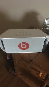 Beats by Dr. Dre Beatbox portable bluetooth speaker