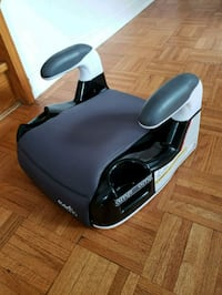 black and gray evenflo booster seat Vaughan, L6A 3A6