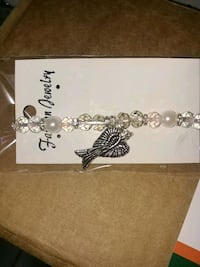silver-colored chain necklace with box Houma, 70363