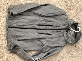 Men's Bench Windbreaker Size Medium