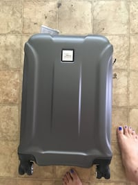 Brand new suitcase  Bristow, 20136