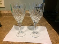 two clear wine glasses Rockville, 20853