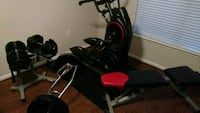Bowflex max 3 and 8.5 dumb bells and bench  Houston, 77070