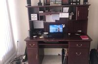 Office desk-MUST GO TODAY make  Woodbridge, 22191