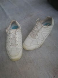 Cheer shoes size 4 1/2 $10 Belton, 29627