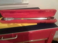 2 Pittsburg torque wrenches Stanley