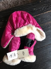 UGG Kids Toque & Gloves Set