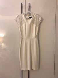 Zara Trafaluc White dress in XS