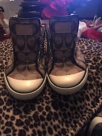 Ladies coach shoes size 8