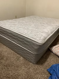 Queen size mattress and box frame  Pleasant Valley, 64068
