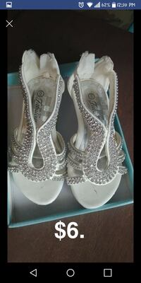 pair of white leather open-toe heels Chicago, 60632