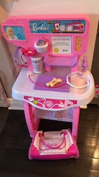 pink and white plastic kitchen playset Mississauga, L5J 1C9