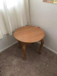 round brown wooden side table Las Vegas, 89139