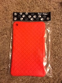 Red rubber amazon tablet case  Oklahoma City, 73139