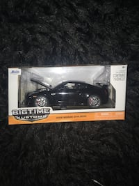 Nissan Gtr model car 1:24 scale Shafter, 93263