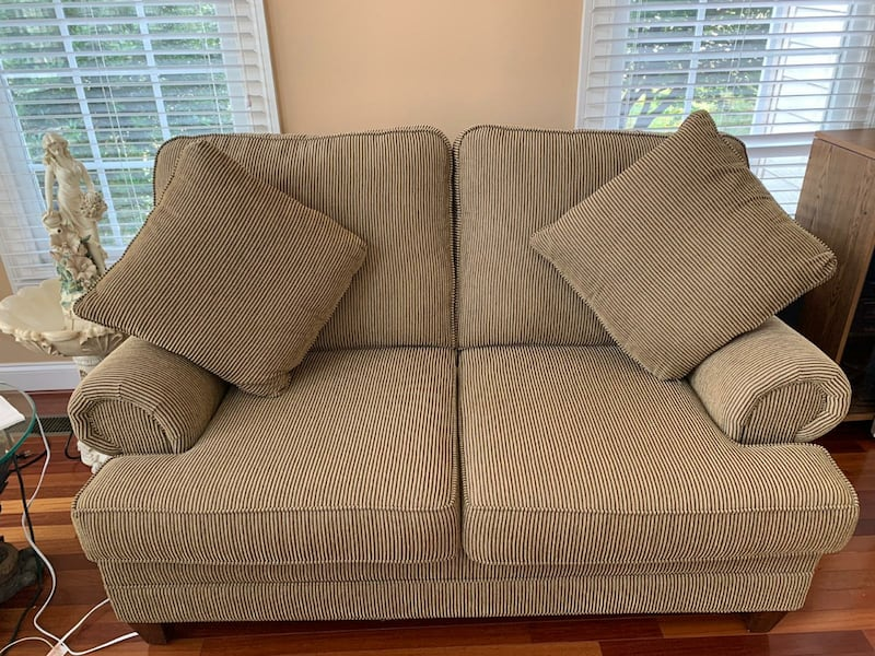 2 Sofa Set - Loveseat and 3 Seater 2