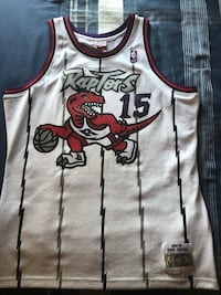 XL Vince Carter throwback jersey (Mitchell and Ness) Cambridge, N3H 3L8