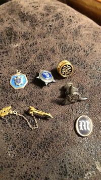 vintage pin lot Midvale, 84047