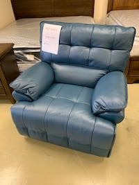 Navy blue real leather power reclining chair with USB port brand new Jacksonville, 32216