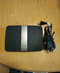 Linksys E4200 Router Kitchener, N2A 4B5