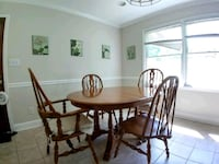 dinning table & 4 chairs Charlotte, 28216