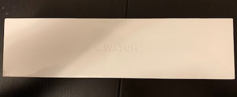 New sealed Apple Watch series 5 space grey aluminium 44mm
