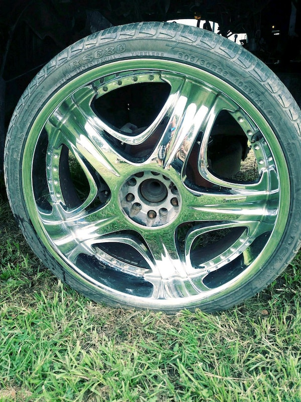 "4-26"" 5 lug universal wheels for sale"