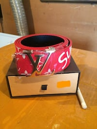 red and white Louis Vuitton leather belt with box