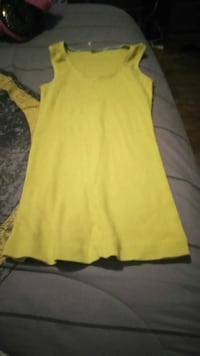 yellow tank top Evansville, 47710