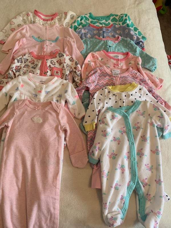 0-3 month girl clothing lot c6edf695-cc1c-478b-844f-493cafc601b2
