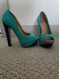 High heels. Size 7.5 US-38 Euro Burnaby, V5A