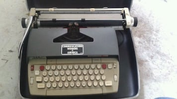 Vintage smith Corona Electra 120 typewriter