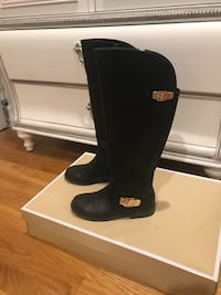 Over the knee boots by Michael Kors. Size 3 Los Angeles, 90024