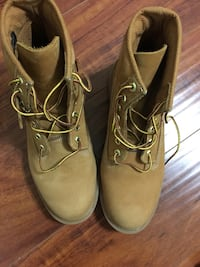 Naked Wheat Timberlands sz 10 Los Angeles, 90005