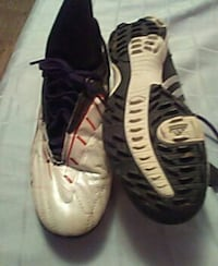 Adidas indoor soccer shoes size 7 1 /2 Peoria, 61603