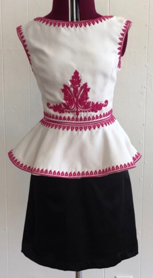 White and black dress by Elegant with embroidery