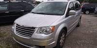 Chrysler-Town and Country-2010 Mt Clemens