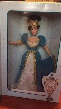 French lady Barbie. Brand new in box. BNIB Manassas, 20109