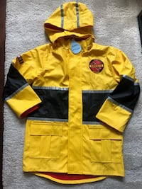 Size 4 firefighter raincoat Vancouver