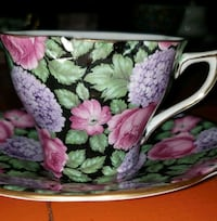 Lot of vintage teacups and saucers