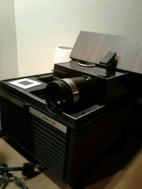 Bell and Howell slide cube slide projector Crystal Lake