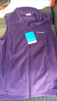 Columbia Vest NWT Ladies Size Small