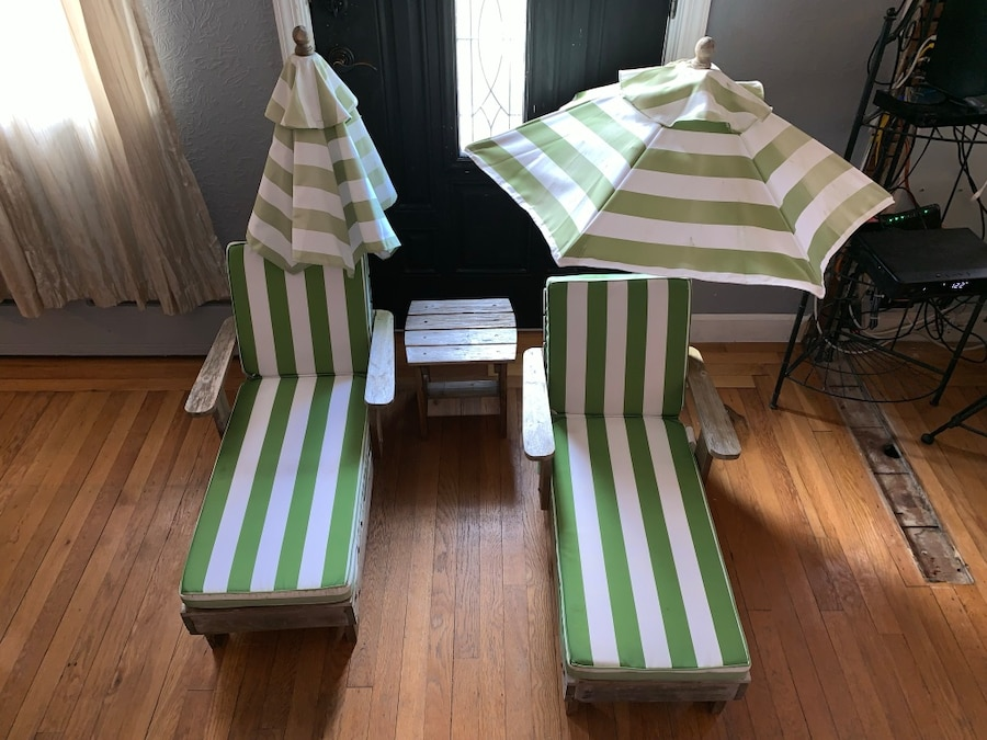 used 2 matching kids kraft beach lawn chairs with umbrellas and rh tr letgo com