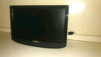 15x10 insignia flat screen TV used  2 months