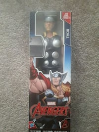 Marvel Avengers Thor action figure with pack